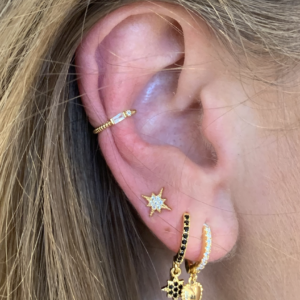 Diamond earcuff